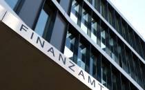 Bundesregierung hält an Finanztransaktionssteuer fest