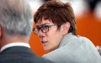 Bericht: Kramp-Karrenbauer soll CDU-Generalsekretärin werden