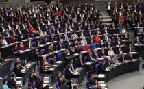 INSA: Union und SPD legen leicht zu