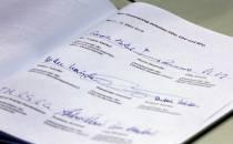 Studie: GroKo setzt Koalitionsversprechen zügig um