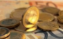 Umfrage: Mehrheit will Verbot von Strafzinsen für Kleinsparer