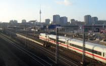 Bahn will Autofahrer mit Shuttle-Bussen abholen