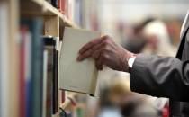 Buchversender leiden unter Portoerhöhung